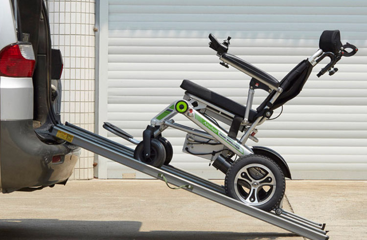 Smart wheelchairs-Airwheel